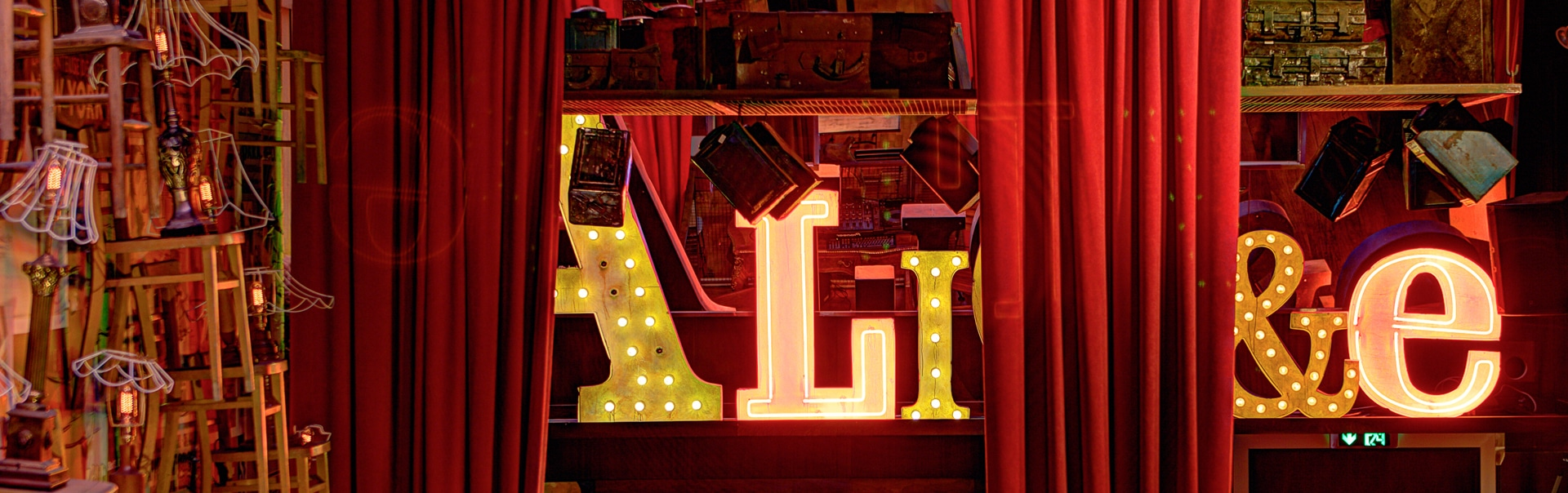 Alice Logo   Face Lit Letters