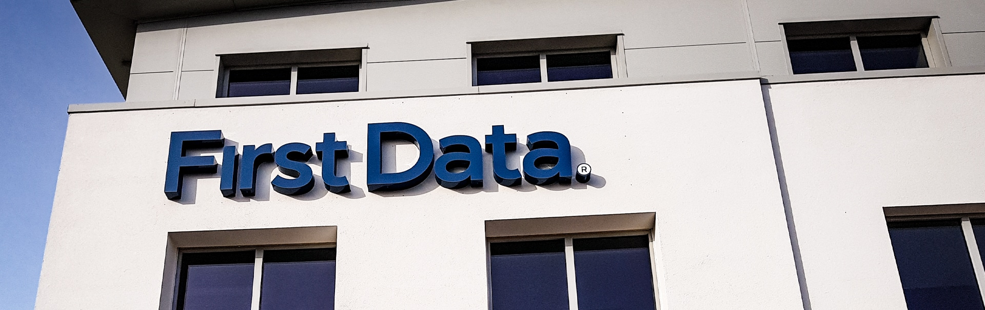 First_Data_Skyline_Signage