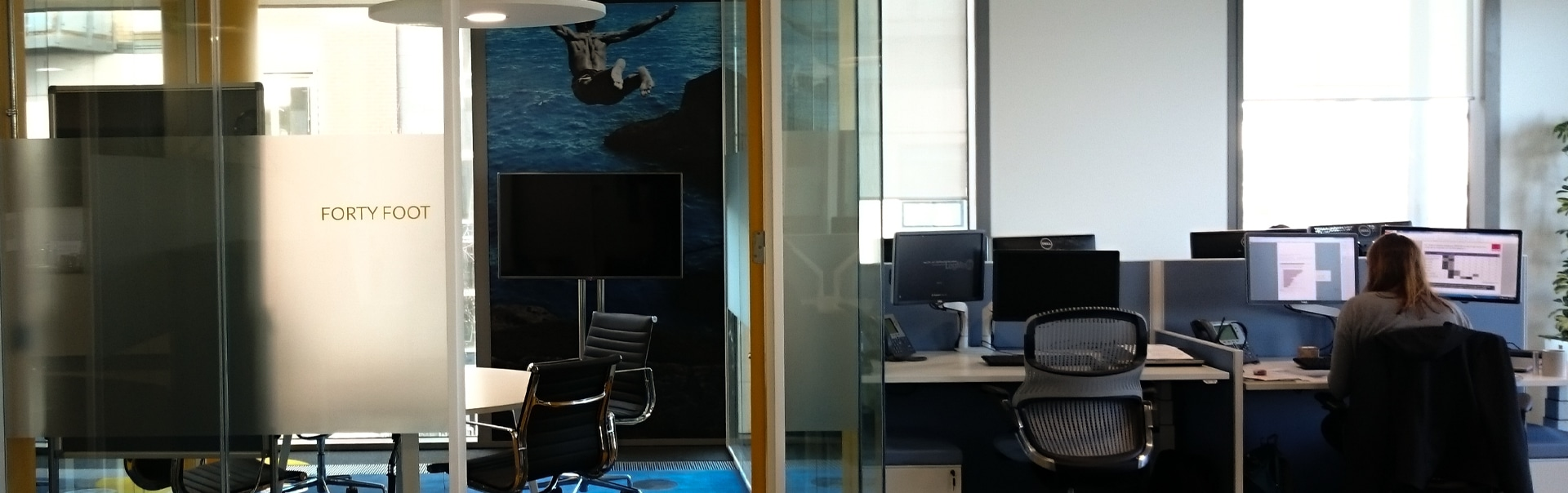 Famous Dublin landmarks are the theme for these meeting room manifestations and interiors