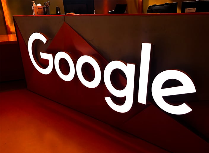 Facelit 3D letters on Google's 1GCQ reception desk make a dramatic first impression