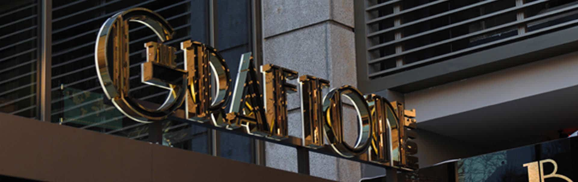 Mirror finish skyline sign at Grafton Hotel, Dublin