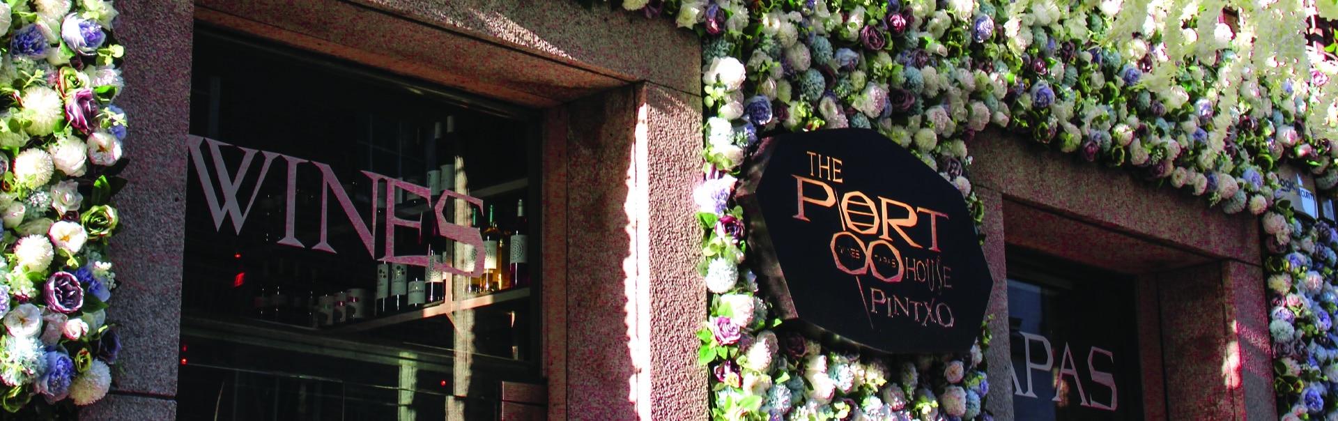 The Port House Restaurant | Storefront Sign
