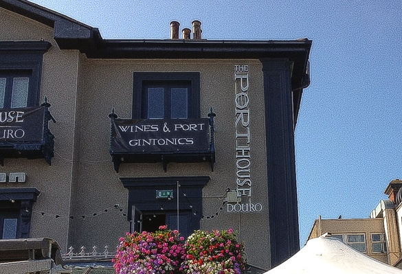 Storefront sign at The_Port_House_Bray