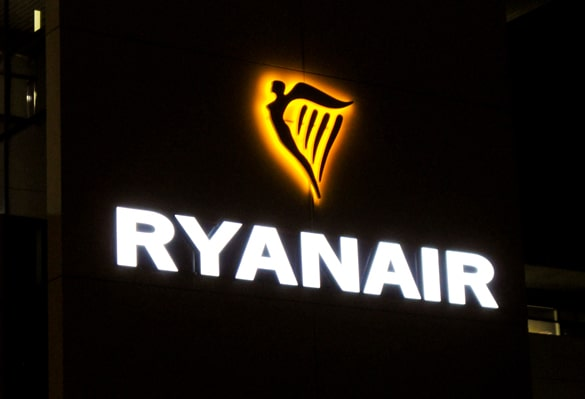Ryanair Logo | Night Light Sign | Face Lit Sign