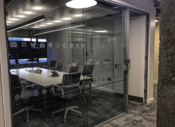 Cut Vinyl | Frosted Glass Design | Twitter